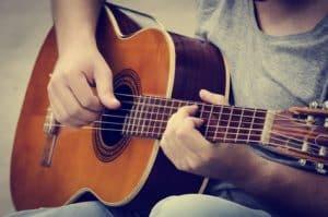 Gitarre Stimmen: so geht's